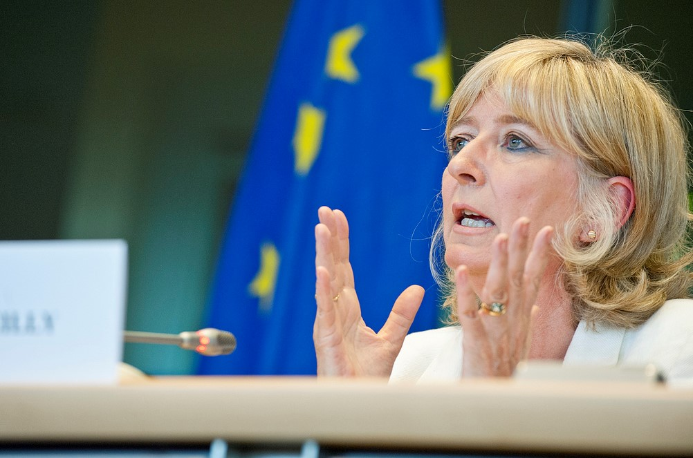 EU Ombudsman proposes publishing names of officials to improve transparency in public procurement processes